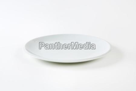 oggetto singolo piatto superficiale semplice porcellana