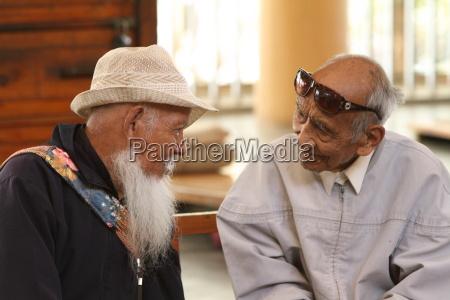 anziani in india