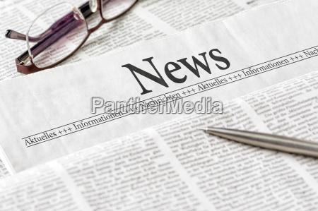 giornale titolato notizie