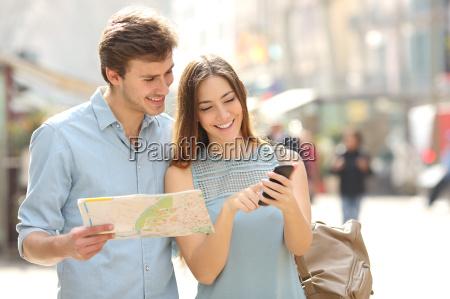 telefono viaggio viaggiare turista guida manuale