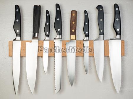 alcuni legno acciaio cucina rivettati tagliare