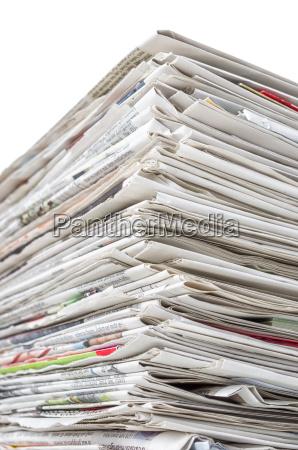 giornale tageblatt giornali pila stampa informazione
