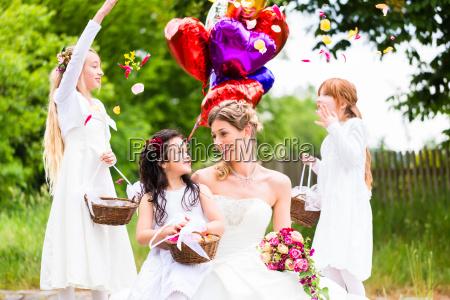 donna romantico foglie festeggiare festeggia nozze