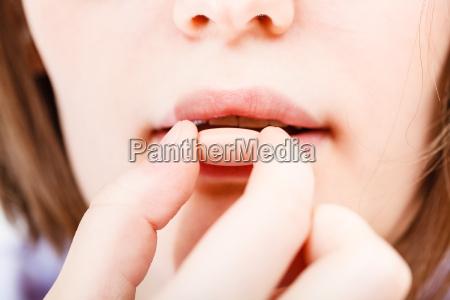 donna mano dito salute medico medicina