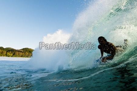 bodyboarding tirando in unonda burattatura rarotonga