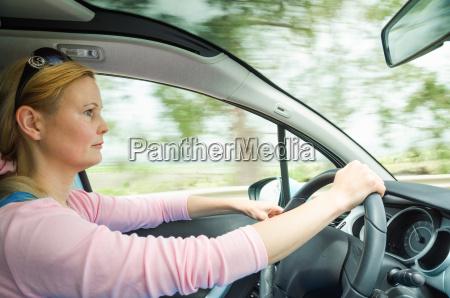 donna movimento in movimento interno auto