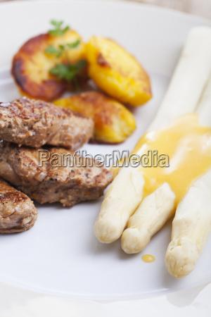 asparago filetto pallido carne di maiale