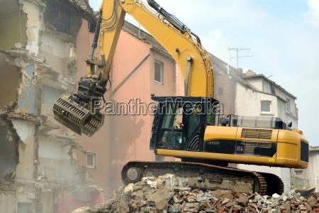 escavatore demolizione lavori di demolizione riciclare