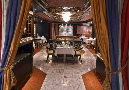 ristorante classico di lusso con bella