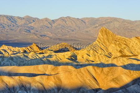 montagne pietra sasso deserto alba dorato