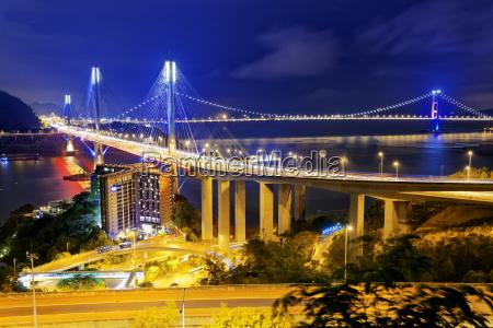 ting kau ponte di notte