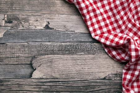 guardare osservare cucina vecchio tavolo panno