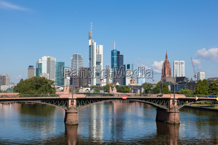 skyline di frankfurt main assia germania