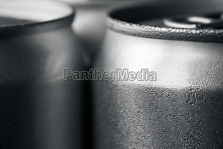 soda di alluminio bagnata