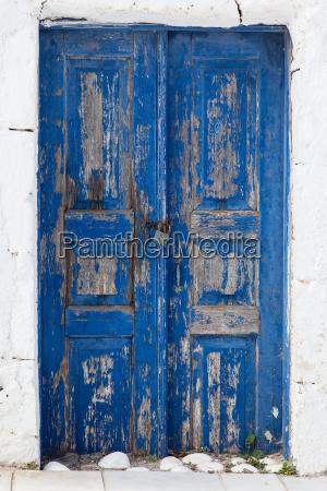 blu cancello portale porta intemperie pallido
