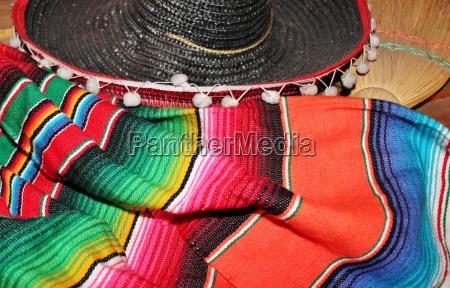 sfondo sombrero fiesta poncho