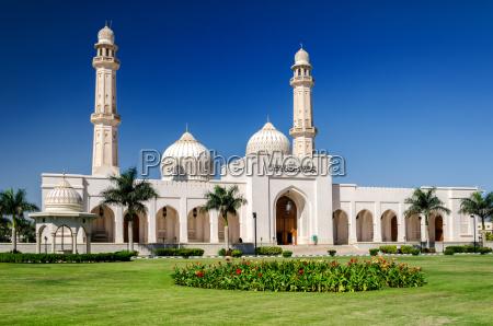 sultan qaboos grand mosque salalah sultanato