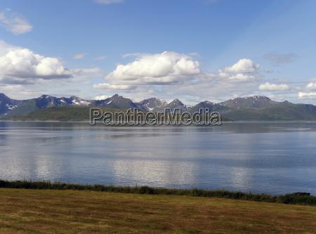 montagne norvegia costa fiordo scandinavia norvegia