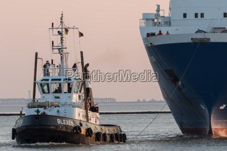 marittimo trattore ferryboat traghetto