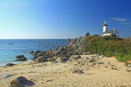 pontusval lighthouse brittany france