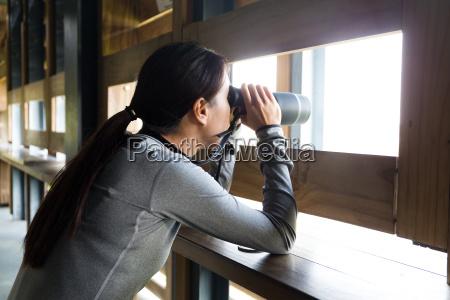 donna profilo casa costruzione signora femminile