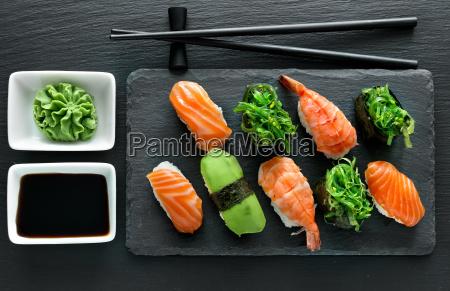 zolla con i sushi