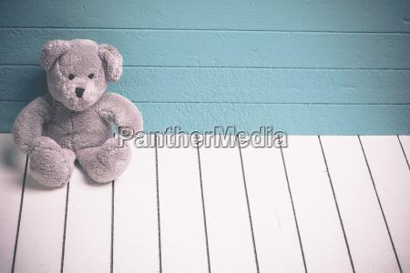 singolo verde legno orso marrone romantico