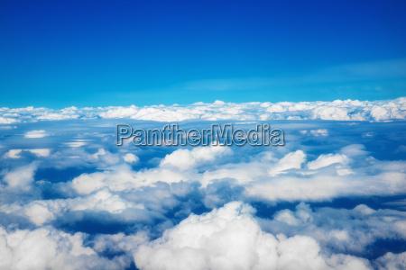 sopra le nuvole