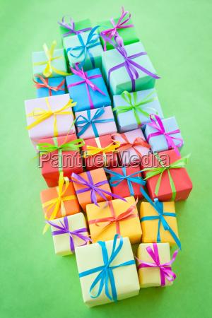 piccoli, regali, colorati - 16341305