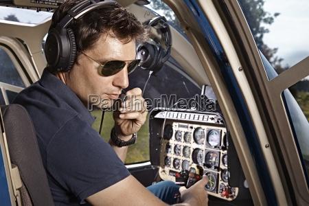 germania baviera landshut elicottero pilota in