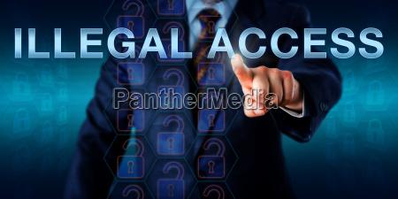 white collar hacker spingendo laccesso illegale