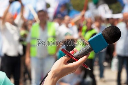 microphone public demonstration