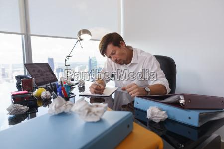 scrivere tipografia scorie uomo daffari businessman