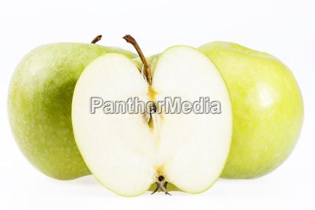 alcuni frutti di mela verde isolato