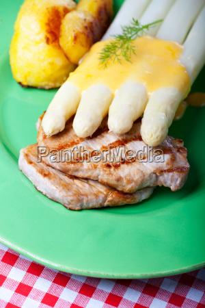 bistecca asparago maiale carne patata di