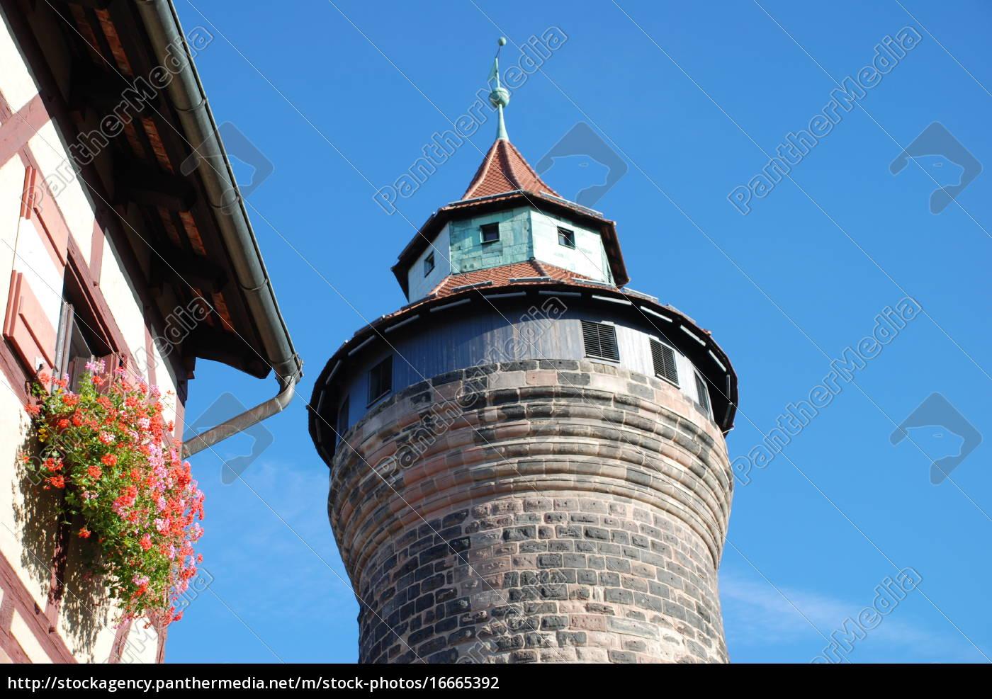 norimberga, castello, kaiserburg, wehrgang, sinwelltower, deep - 16665392