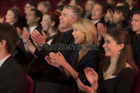 clapping pubblico teatrale