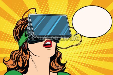 ragazza retro con occhiali realta virtuale