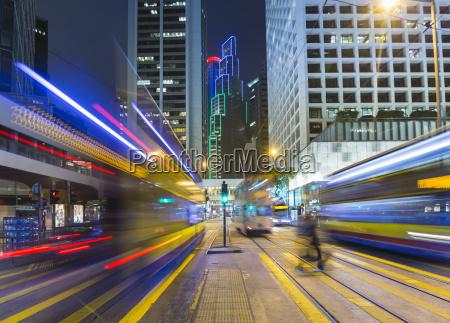 treno veicolo mezzo di trasporto persone
