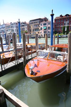 viaggio viaggiare citta venezia europa bastoni