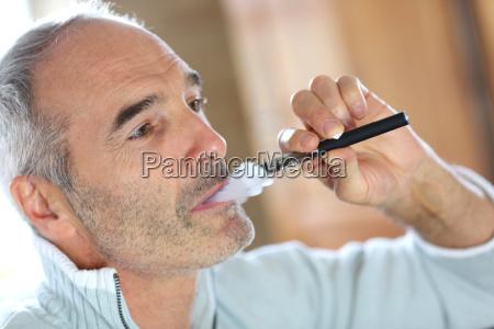 sigaretta persone popolare uomo umano salute