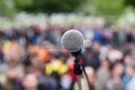 persone popolare uomo umano oggetto microfono