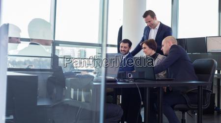business team di lavoro in ufficio