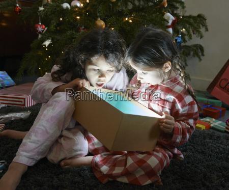 risata sorrisi amicizia casa in casa