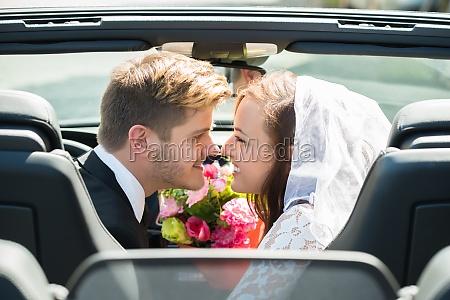 nozze matrimonio convivenza auto veicolo mezzo