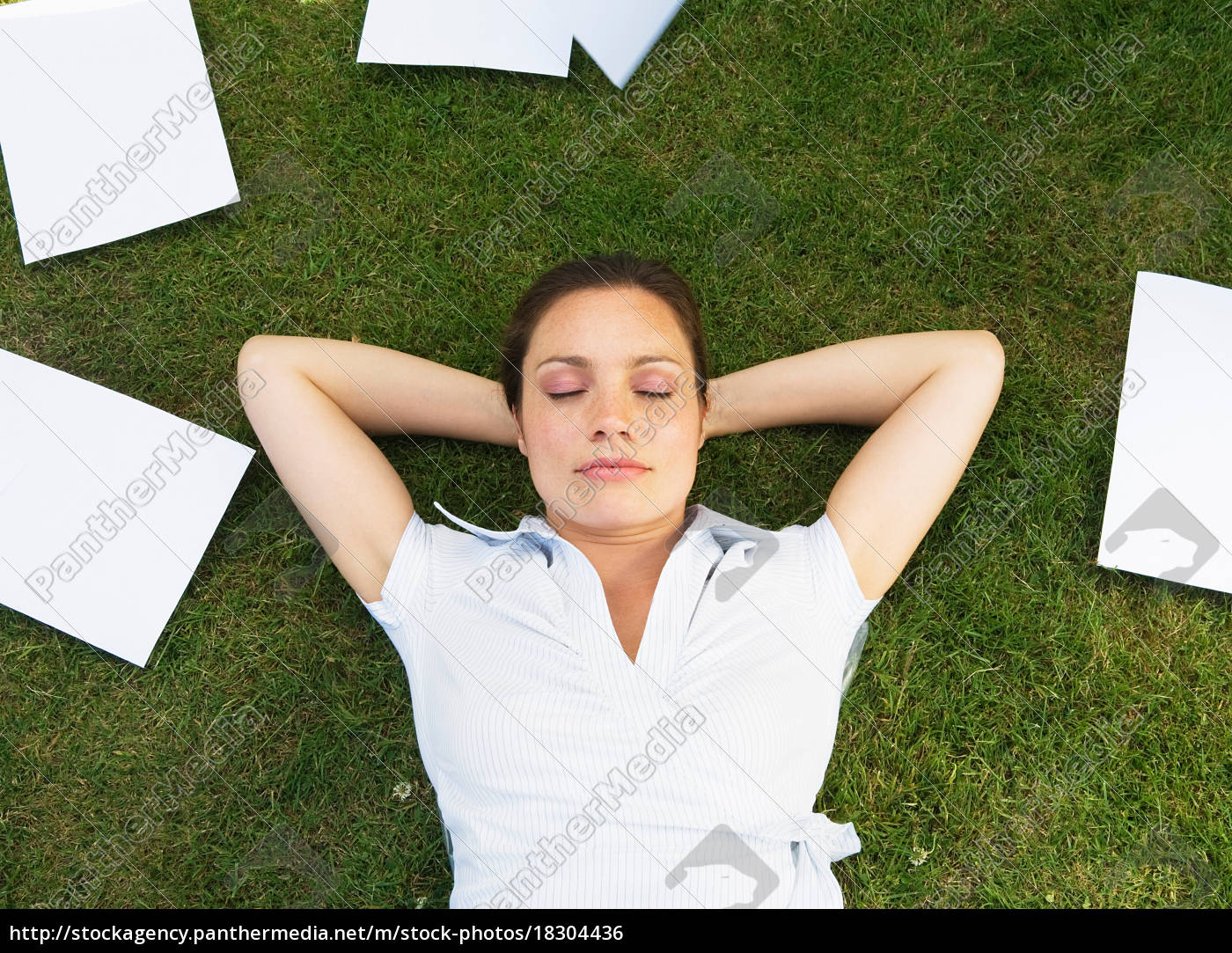 business, woman, resting, on, grass - 18304436