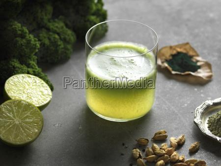 bicchiere cibo bere benessere frutta verdura