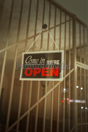aprire segnaletica in negozio