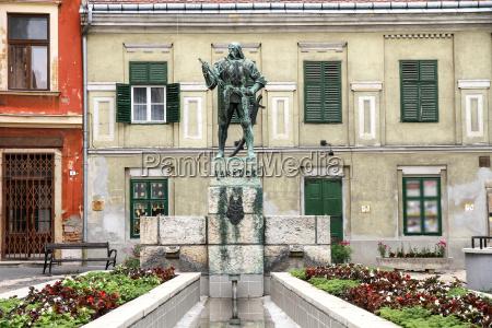 statue of varkocs in sopron