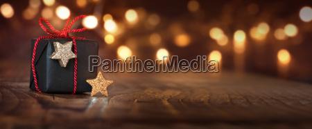 sfondo natalizio con un regalo